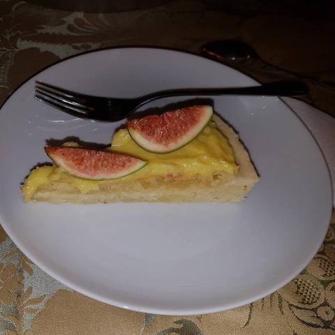 Torta s mandľovým krémom a figami - recept postup 6