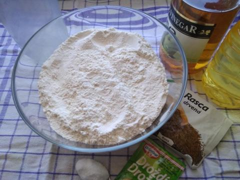 Chlebík z domácej pekárne - recept postup 1