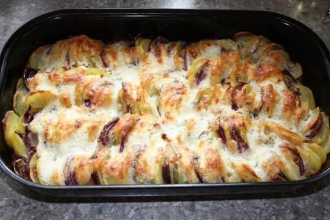 Zapekané zemiaky s bryndzou - recept postup 4