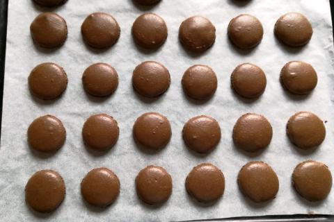 Overený recept na čokoládové makrónky - recept postup 13