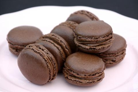 Overený recept na čokoládové makrónky - recept postup 15