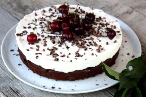 Čokoládovo - čerešňová tortička s tvarohom - recept postup 10