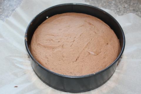 Čokoládovo jahodová torta - recept postup 2
