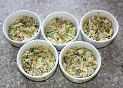 Slané cukinové koláče - recept postup 3