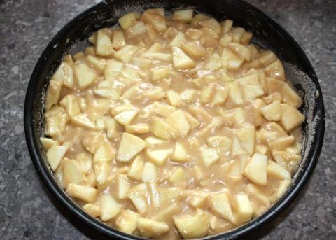 Jablkový koláč  - recept postup 3