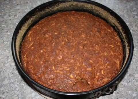 Jablkovo orechový koláč - recept postup 7