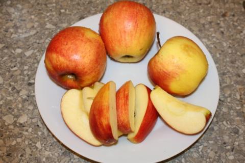 Jablková žemľovka - recept postup 5