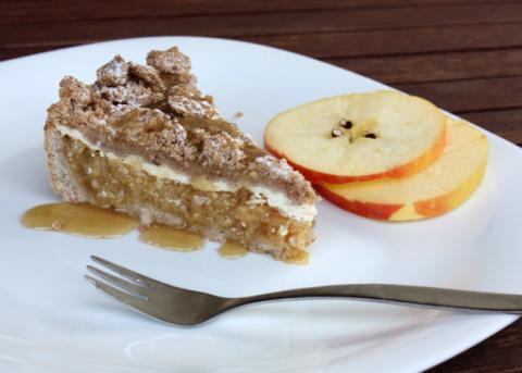 Jablkový koláč s tvarohom - recept postup 12