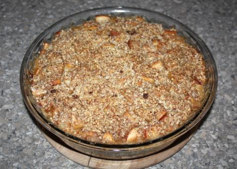 Sypaný jablkový koláč s tvarohom - recept postup 9