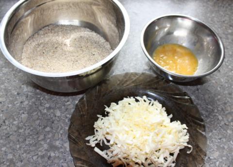 Jahodový koláč s orechami - recept postup 3