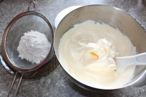 Jahodový zákusok - recept postup 1