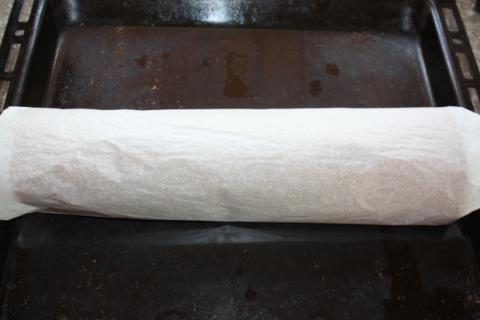 Karobová roláda so smotanovým krémom - recept postup 3