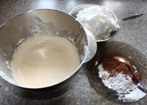 Čokoládovo kokosový zákusok - recept postup 1