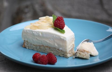 Mandľovo smotanová torta bez múky - recept postup 7
