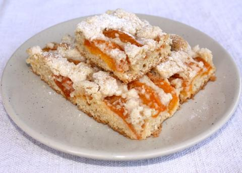 Marhuľový koláč s posýpkou - recept postup 12