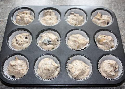 Muffiny so slivkami a makom - recept postup 7