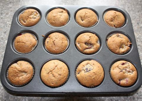 Muffiny so slivkami a makom - recept postup 8