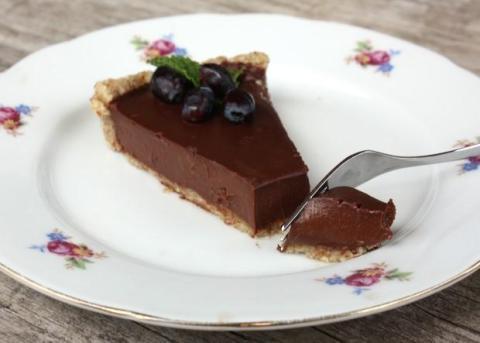 Nepečený čokoládový koláč - recept postup 9