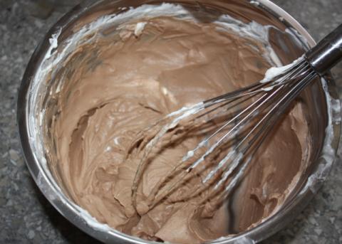 Smotanový pohár so sušienkami - recept postup 5