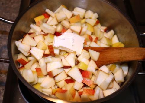 Jablková žemľovka bez pečenia - recept postup 1