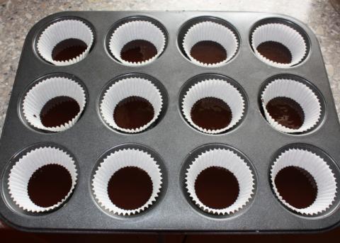 Raw  čokoládovo kokosové košíčky - recept postup 2