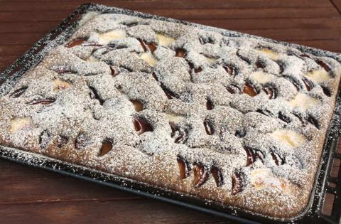 Slivkový koláč s makom a tvarohom - recept postup 8