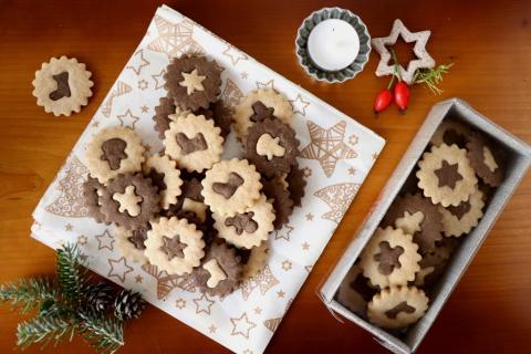 Vianočné dvojfarebné sušienky - recept postup 3