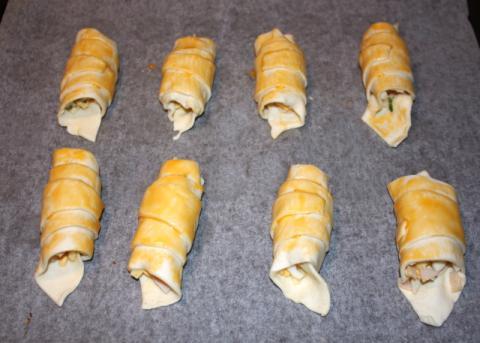 Rožky so syrom a šunkou - recept postup 4