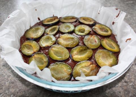 Slivkový koláč opäť inak - recept postup 5
