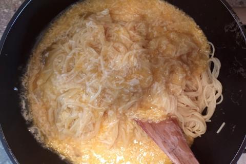 Špagety carbonara - recept postup 5