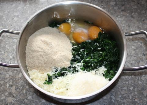 Špenátové guličky - recept postup 1