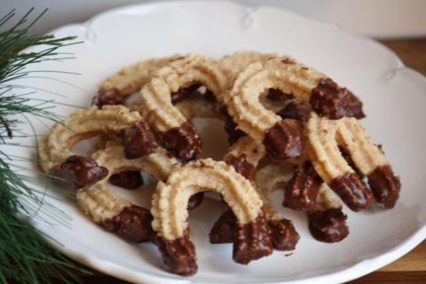 Strojčekové pečivo orechové - recept postup 1