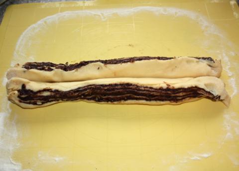 Fantastický twister čokoládový koláč - recept postup 10