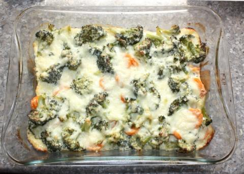 Zapekaná brokolica s mrkvou - recept postup 5