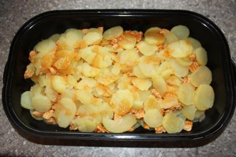 Zapekané zemiaky s mäsom - recept postup 4