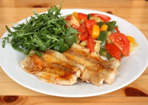 Ryba na masle s dusenou zeleninou - recept postup 4