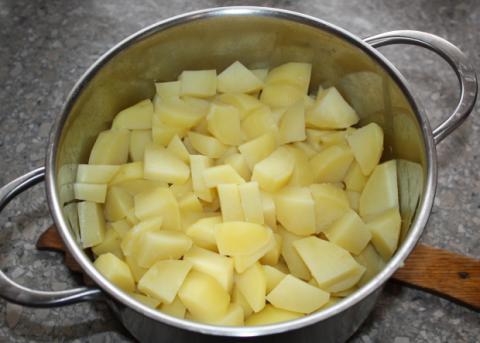 Zemiakové pirohy - recept postup 1
