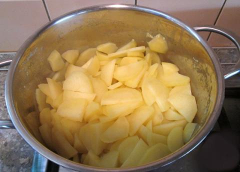 Zemiakový šalát s rukolou a šampiňónmi - recept postup 1