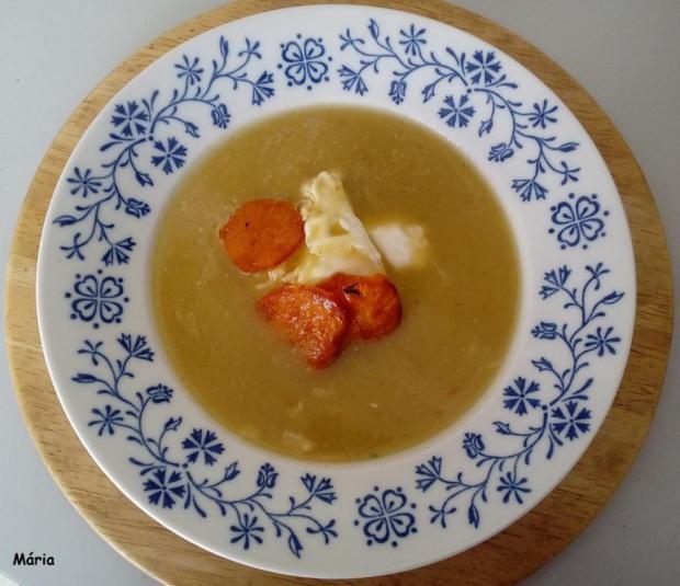 Krémová polievka so zapustený vajcom - recept