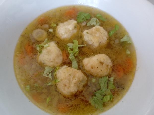 Hlivovo zeleninová polievka so zemiakovými knedličkami - recept