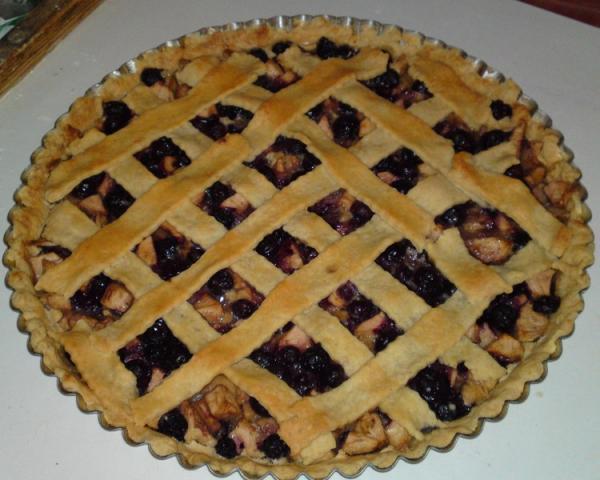 Jablkovo - čučoriedkový pie. - recept