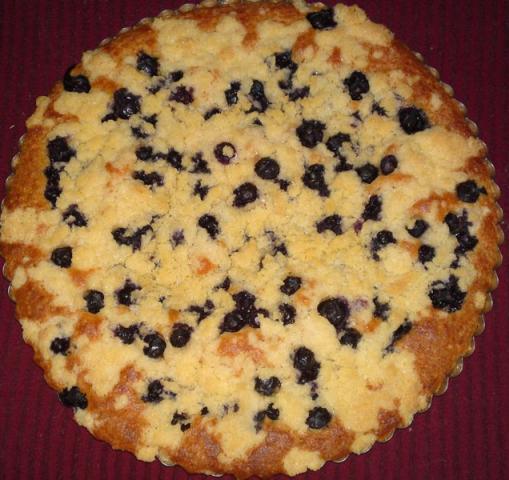 Jogurtový čučoriedkový koláč s posýpkou. - recept