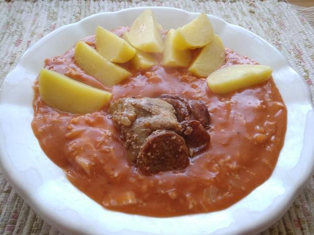 Dusená kapusta v paradajkovej omáčke - recept