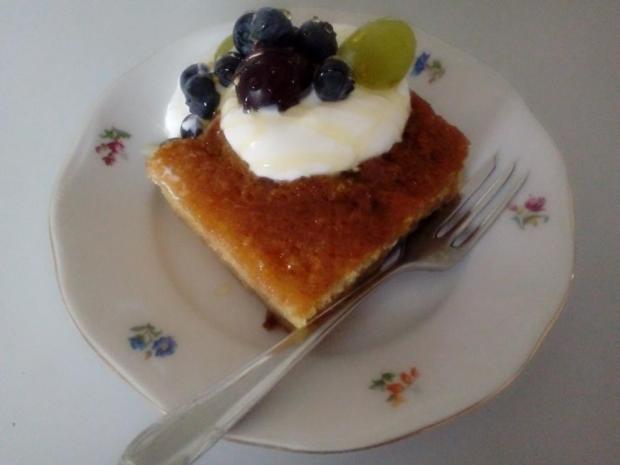 Acidkový koláč s ovocím - recept