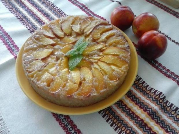 Prevrátený broskyňový koláč - recept