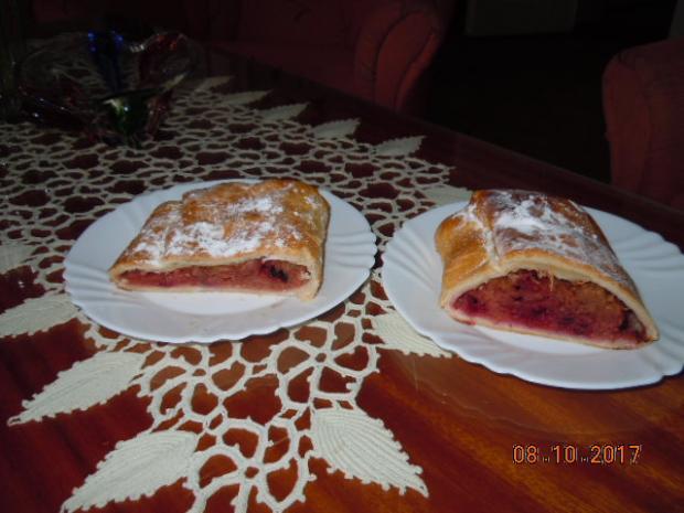ZÁVIN s dulami, jablkami a aróniou - recept
