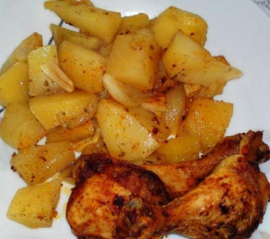 Voňavé kuriatko na zemiakoch... - recept