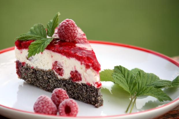 Makovo malinová torta bez múky