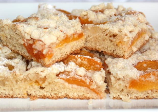 Marhuľový koláč s posýpkou | recept