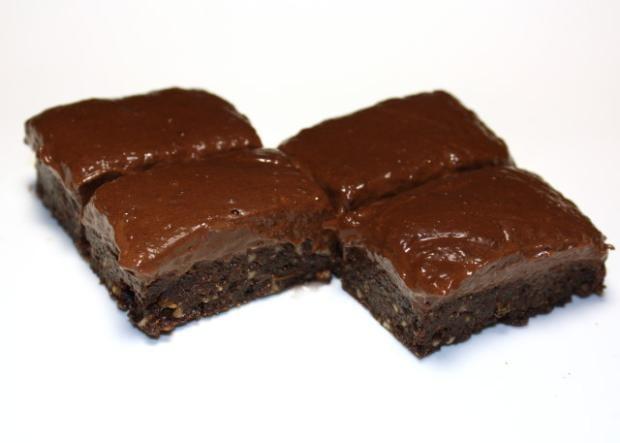 Čokoládový zákusok bez cukru a pečenia - recept